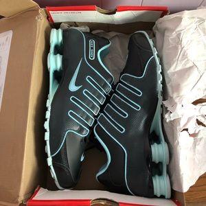 Women's Nike Shox Tennis Shoes